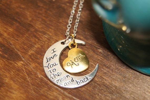 母の日にネックレスをプレゼント!人気のブランドを紹介!