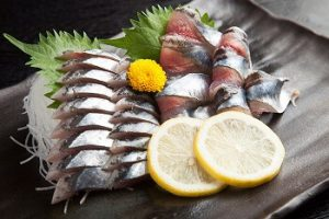 刺身|秋刀魚とワインのマリアージュ