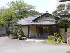汐の湯温泉|関西の松茸狩りが出来るスポット