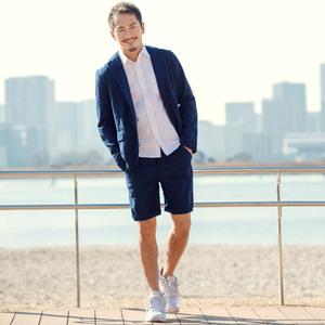 メンズの夏コーデのショートパンツセットアップ|ジャケット