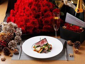 クリスマスのレストランディナー