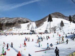 奥伊吹スキー場(滋賀県)|関西から日帰りゲレンデ