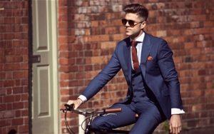 スーツとネクタイの男性